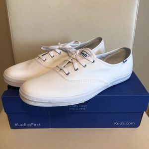 Keds White Sneakers Size 11 Wide Fit